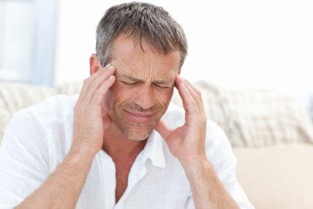 cluster-headache-man